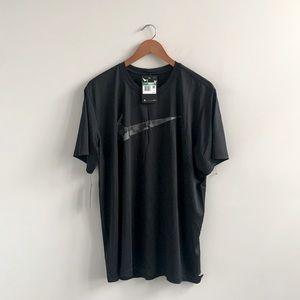 Nike Swoosh Logo T Shirt (large hole)